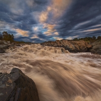 Dramatic Rapids